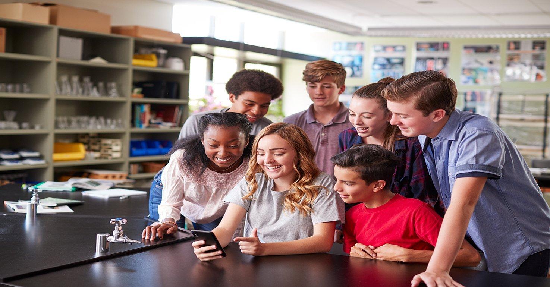 https://careernet.com/wp-content/uploads/2020/08/narrow-Students-classroom-smartphone.jpg